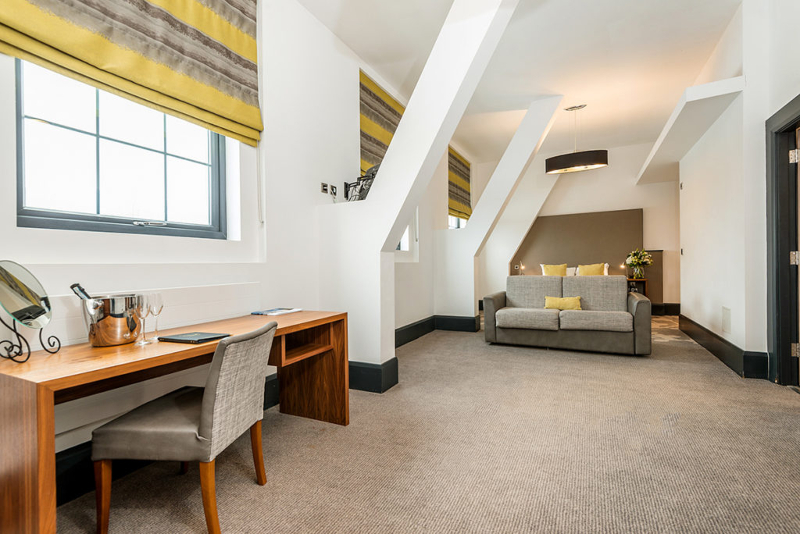 Family-Rooms-Manchester-Ainscow